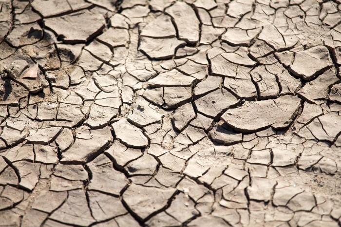 乾燥肌の症状・部位や季節で出やすい症状が異なる